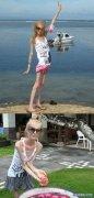 俄罗斯美女已经瘦到了20公斤, 女人伤不起!