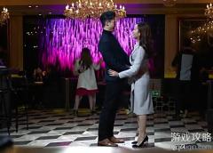 盲侠大律师13集21分钟跳舞的背景音乐是什么歌,英文歌名是什么?