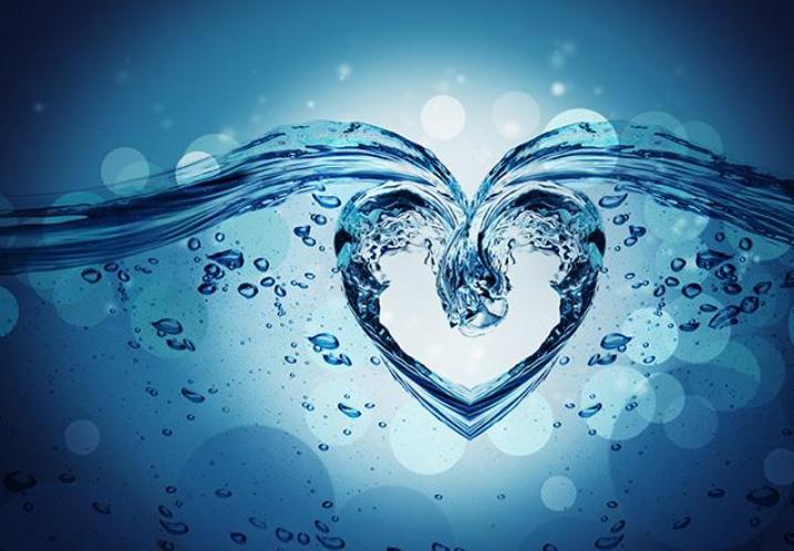 蓝天白云心形照片,心形图片,两个桃心的图片,粉色心形图案,情人节的心