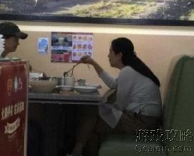 王祖贤坐姿是什么意思?什么梗!
